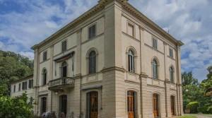Large Tuscan Villa
