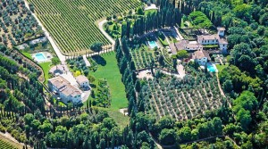 Luxury holiday complex for sale in Tuscany