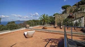 New build villa Tuscany with pool sea views