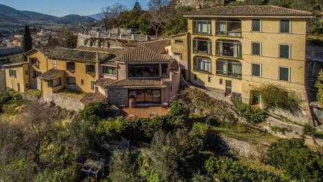Spoleto Property