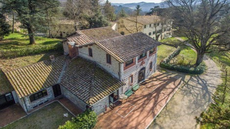 Tuscan Estate, villa, restaurant, lake, land