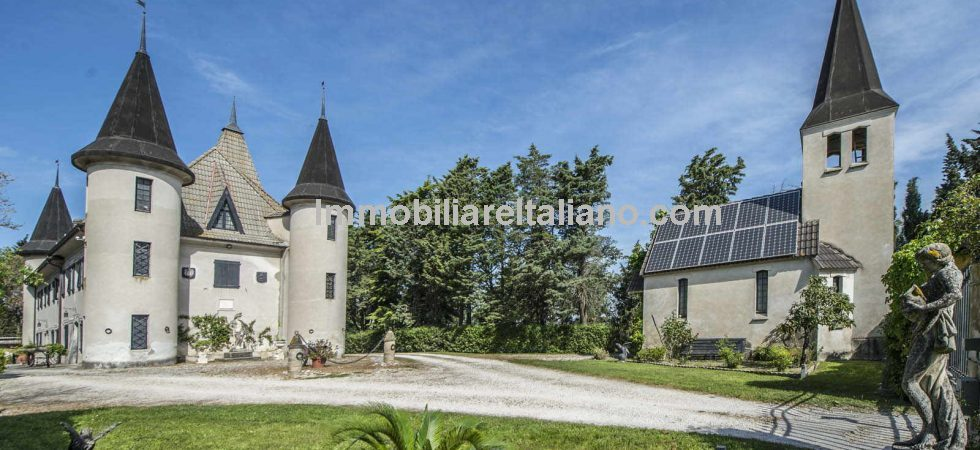 Le Marche Castle