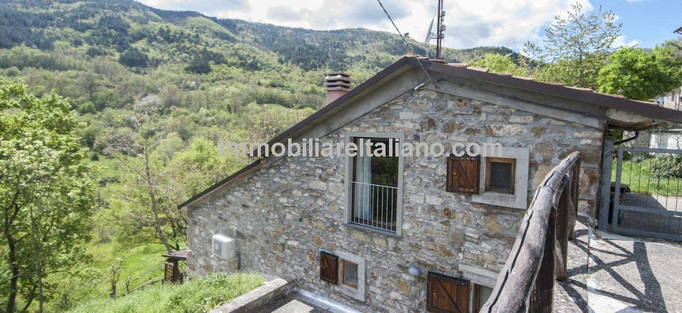 Cheap property for sale in Tuscany Italy