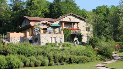Massa-Carrara Property