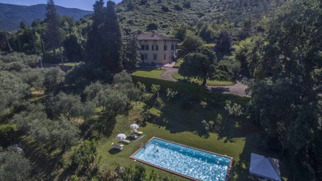 Capannori Tuscany historic villa property
