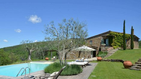 Ambra Tuscany, Character Country House