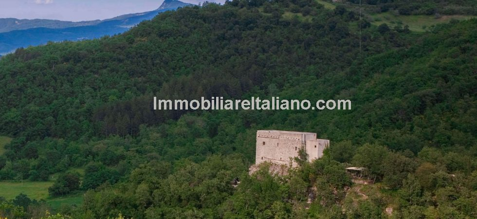 Unique Tuscan Property – VERY WELL PRICED