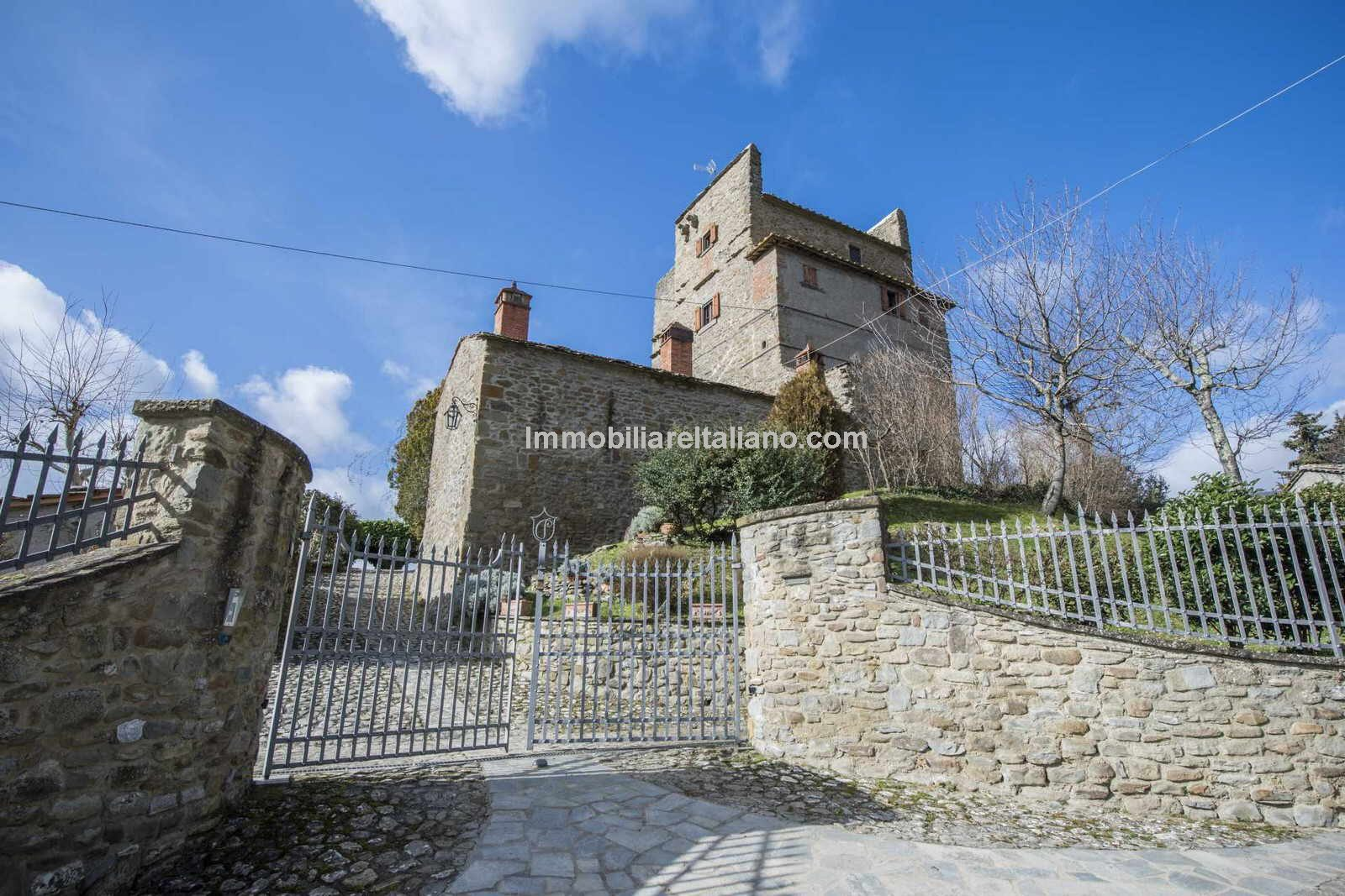 Lovely Tuscan Castle Style property
