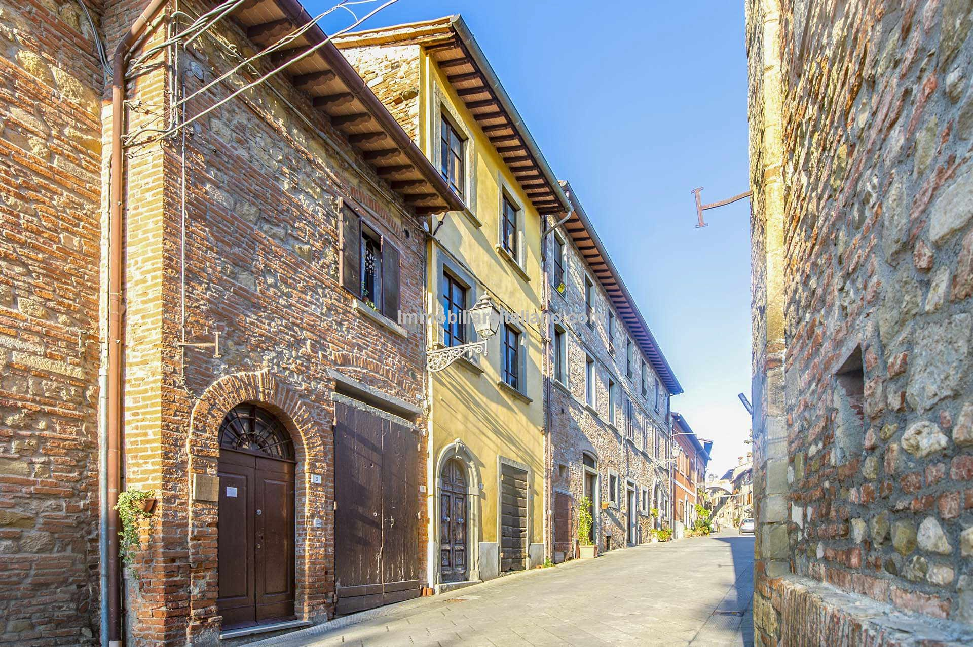External view of Otalian Townhouse for sale