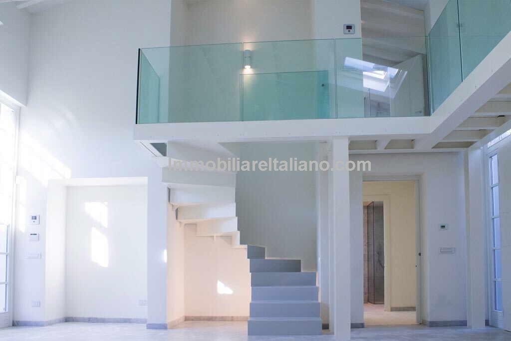 Luxury Tuscan villa for sale. Pietrasanta, Forte dei Marmi