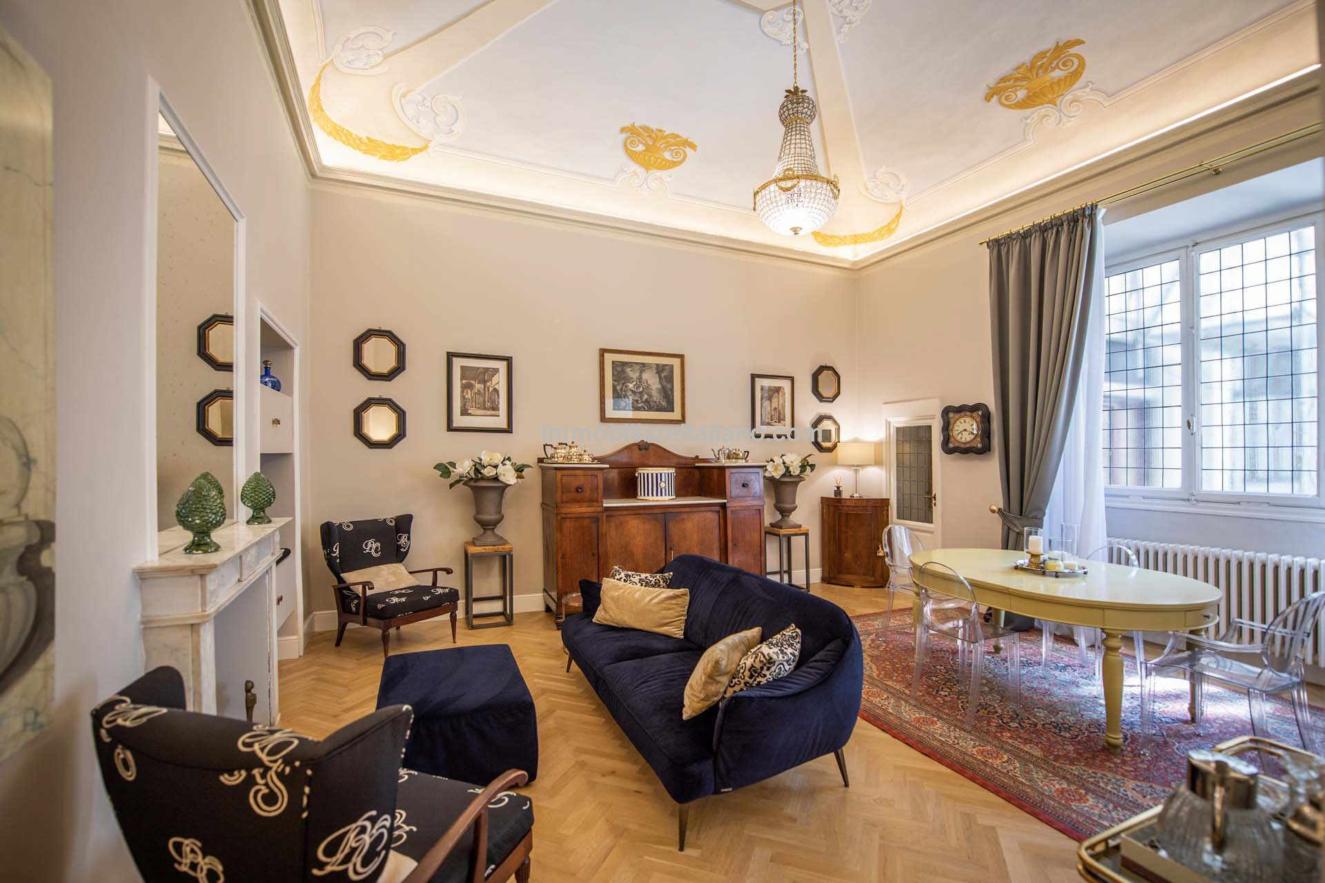 Luxury apartment in Florence Tuscany city centre