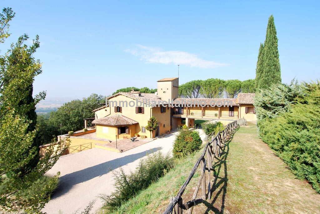 Italian Vineyard Estate