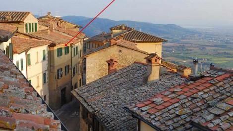 Cortona Apartment For Sale