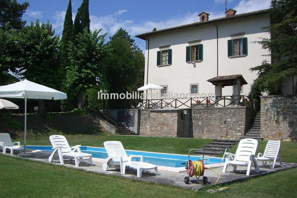 Large Villa For Sale