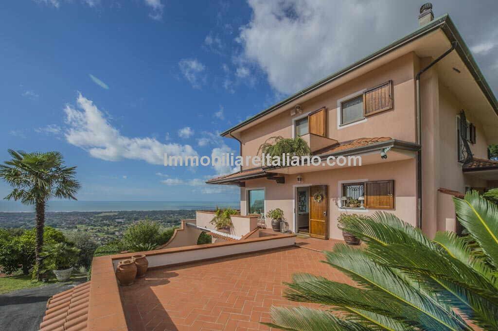 Villa Versilia Tuscany