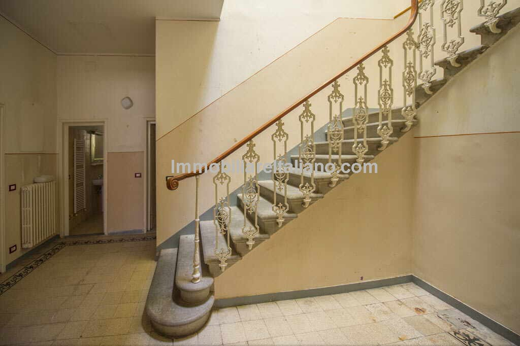 Property for sale in tuscany florence immobiliare italiano - Porta romana florence ...