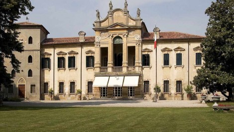 Luxury Historical and Palatial Italian Property