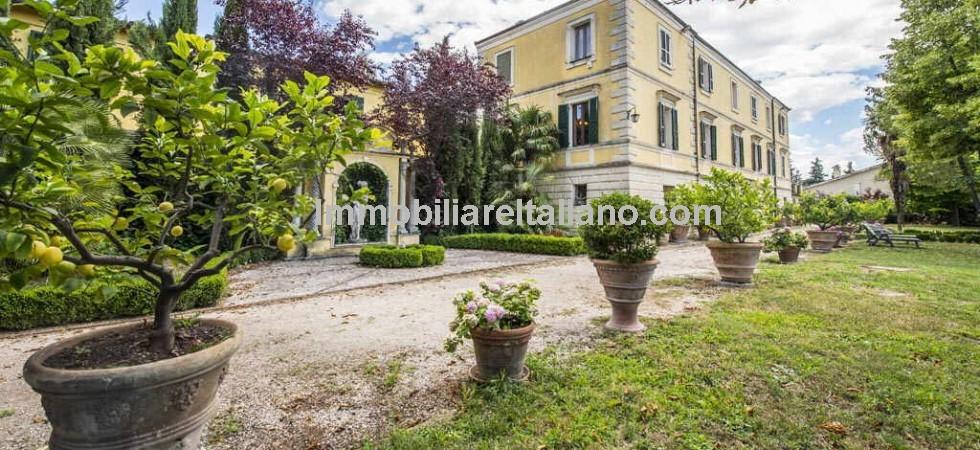 Umbria Villa Sale