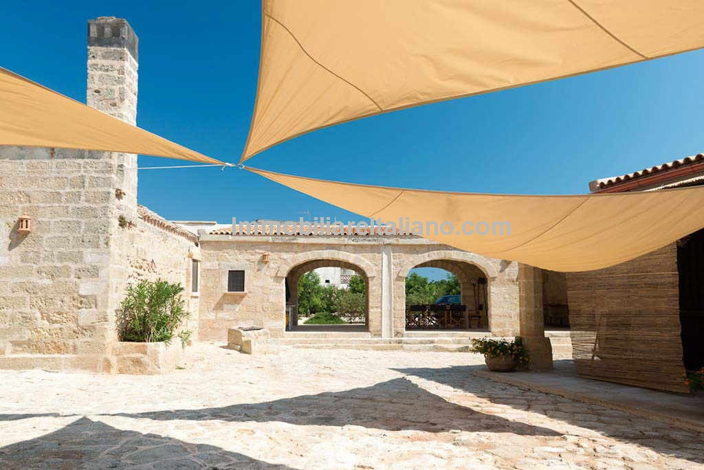 Masseria for sale in Puglia Italy