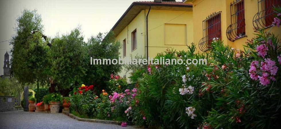 Bed and Breakfast Business Lucignano Tuscany