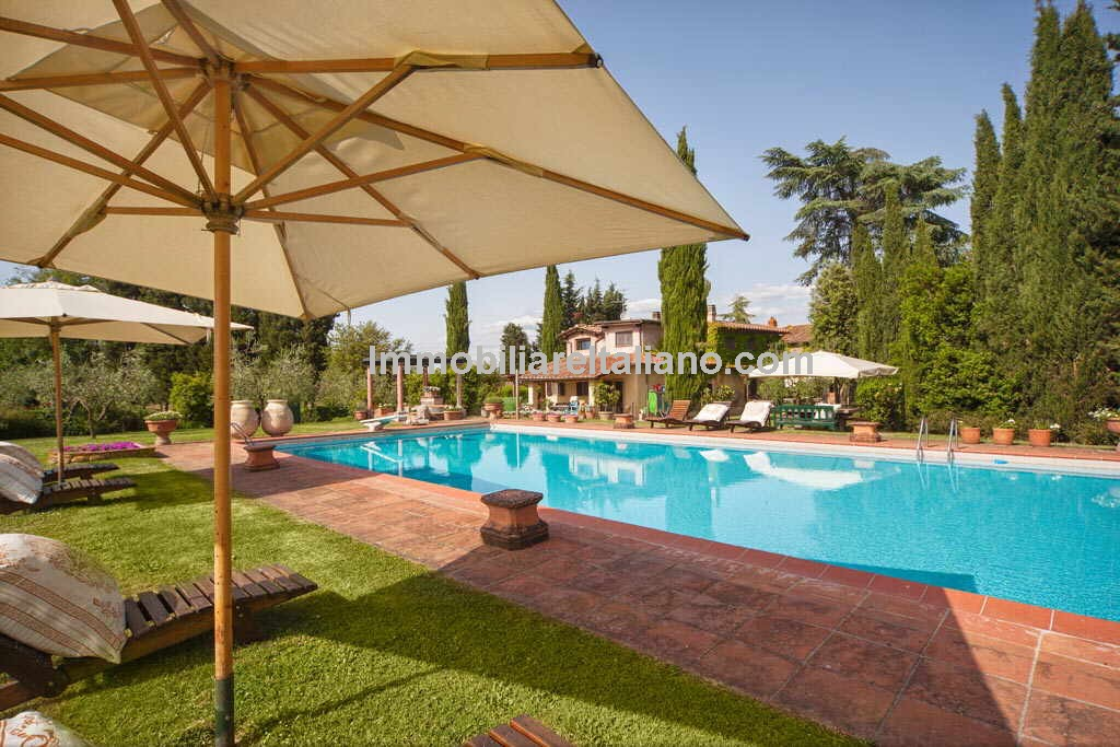 Valdarno Tuscany Farm Estate Property