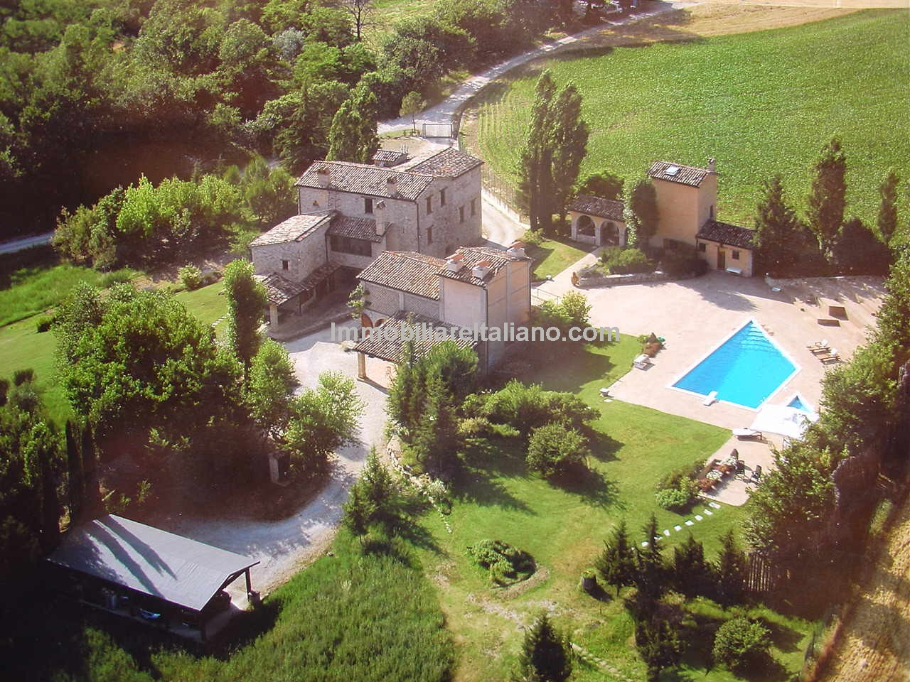 Montone Umbria Property – Ideal Large Family Home