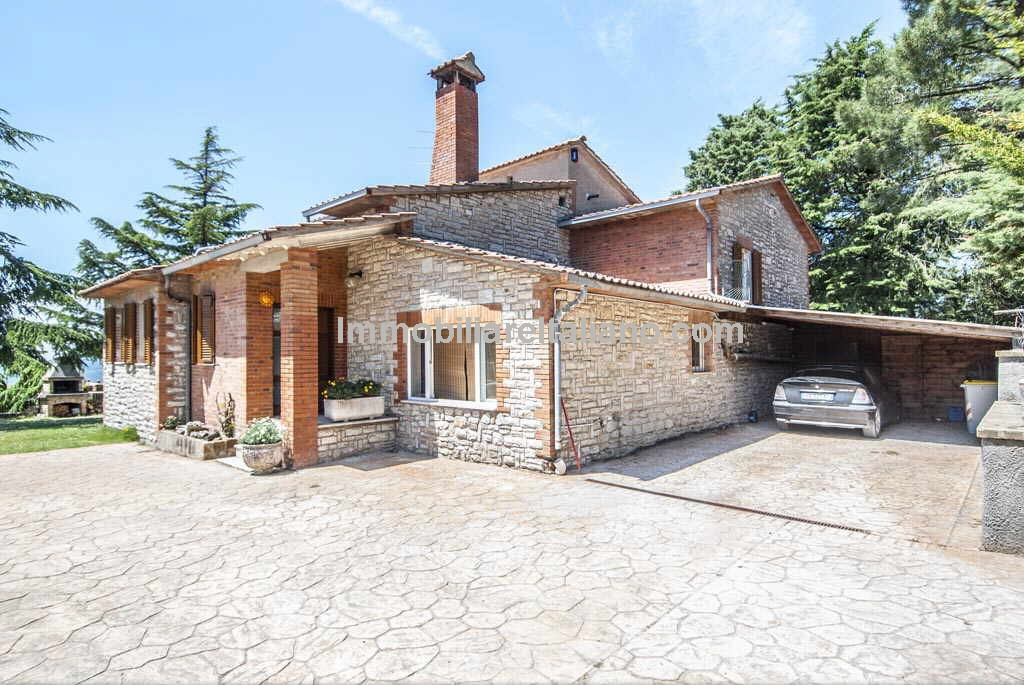Good value villa Preggio Umbria