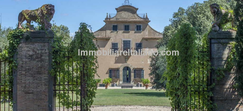 This San Casciano Val di Pesa Tuscany property for sale will be of interest to both private and commercial investors. A Chianti wine estate with historical villa, private chapel, cellar, vinsantaia, pool, olive grove and vineyard. Presently a private home with wine and oil estate and successfully running vacation rental business.