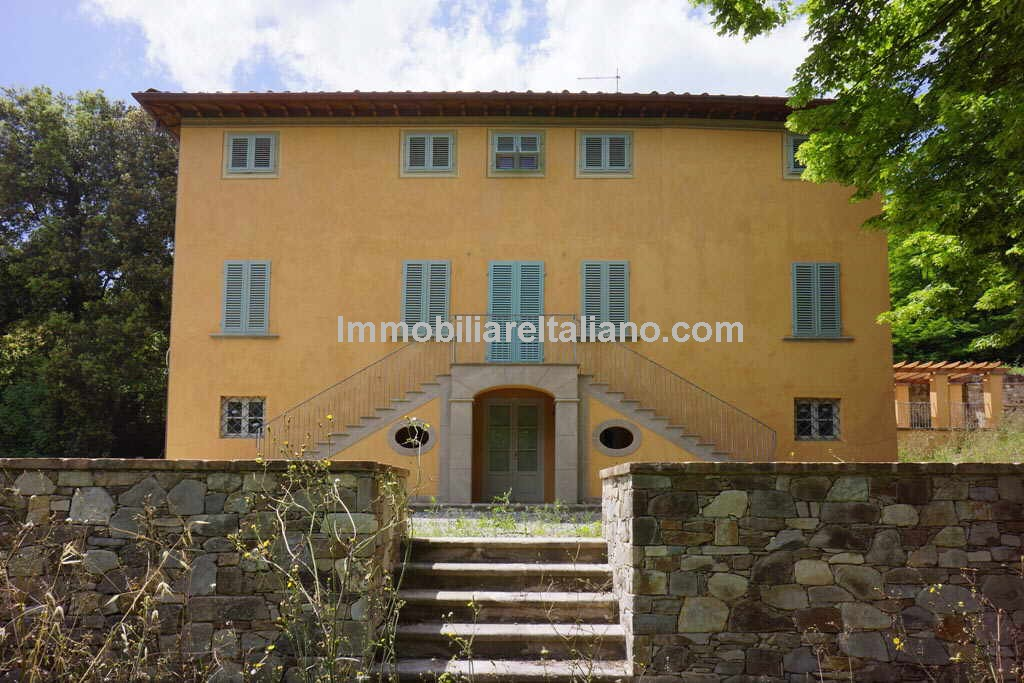 Restored country villa property in Tuscany