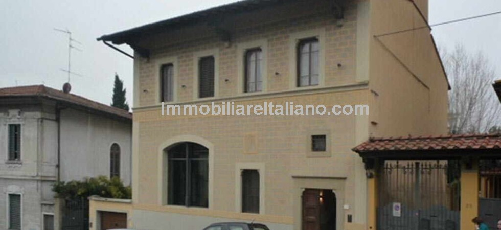 Real estate Florence Italy, ideal property for permanent move/ relocation to Florence. Detached Liberty style Villa with garden for sale.