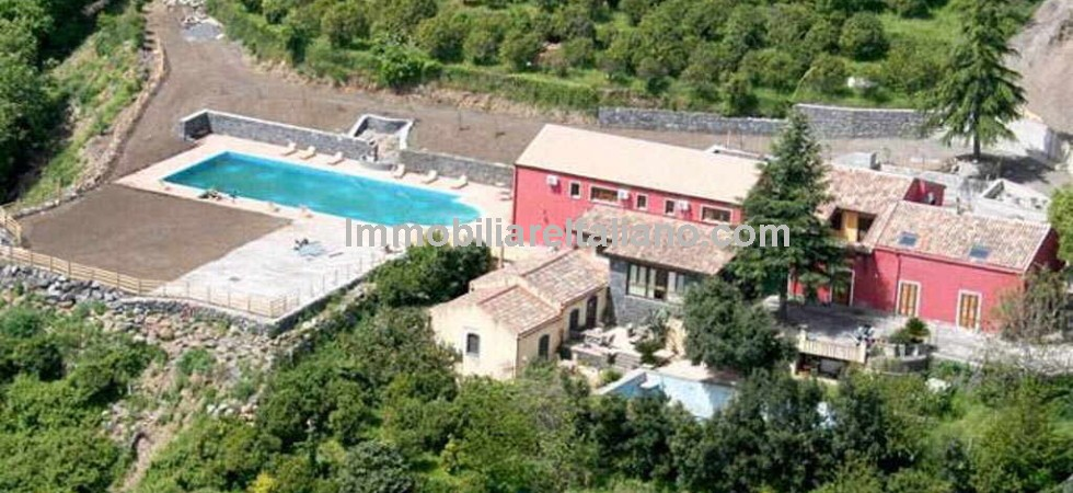 Home and business opportunity Sicily. For sale, small working farm property with agriturismo. Short drive from Mount Etna and coast. Sea Views.