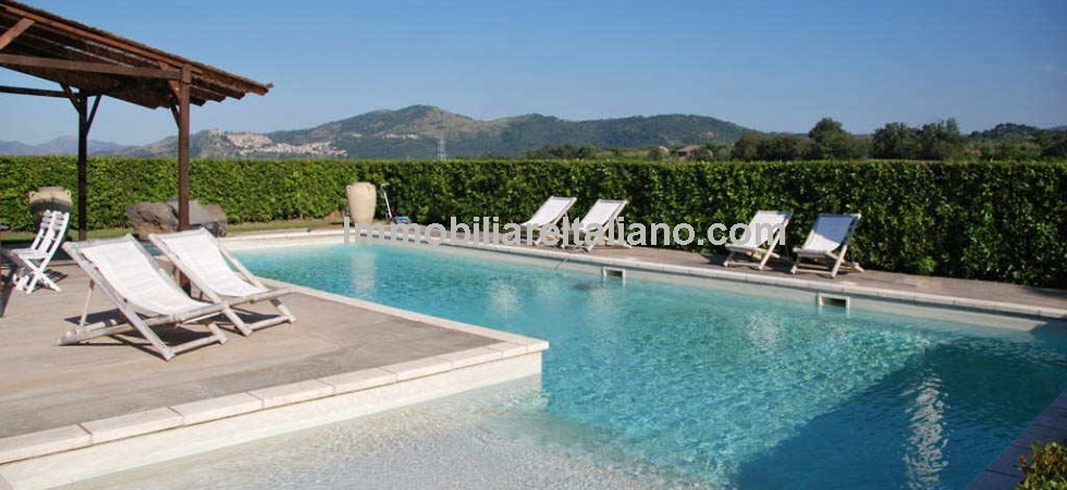 Property in Sicily, unique Mount Etna panoramic views.
