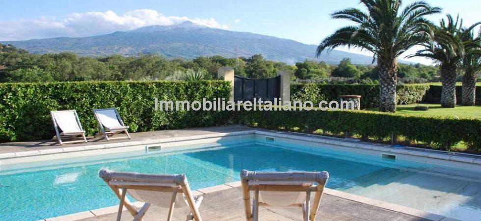 Sicilian wine property for sale in Castiglione di Sicilia.