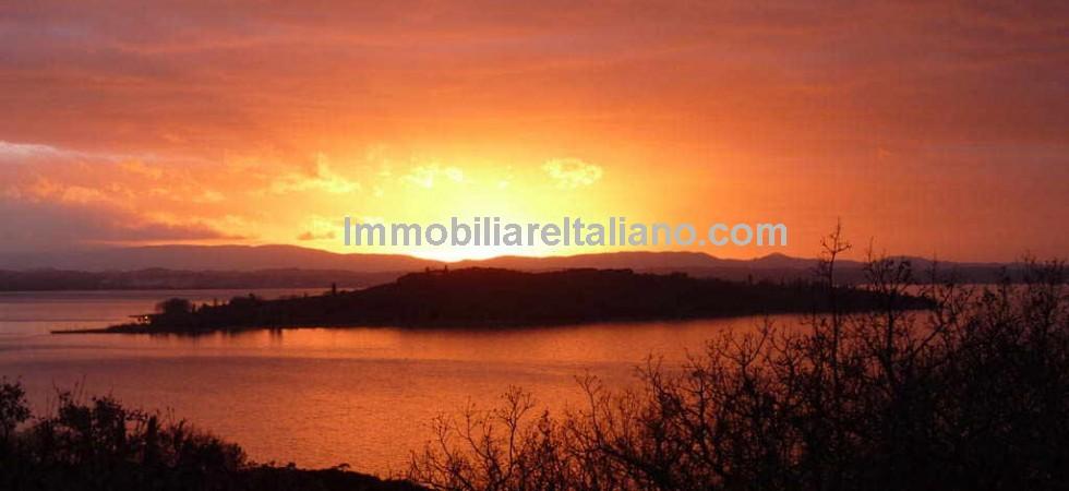 Lake Trasimeno view, sunset.