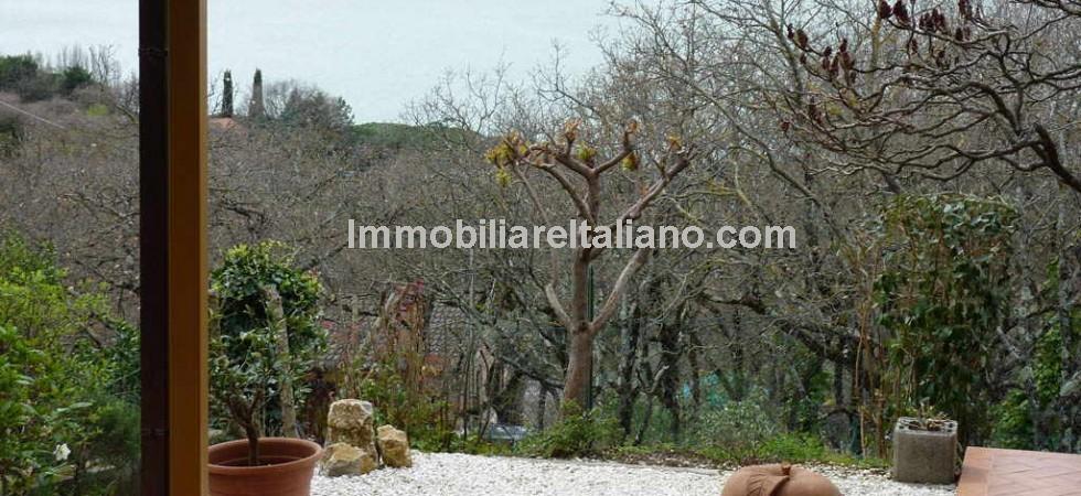 Lake Trasimeno Umbria view