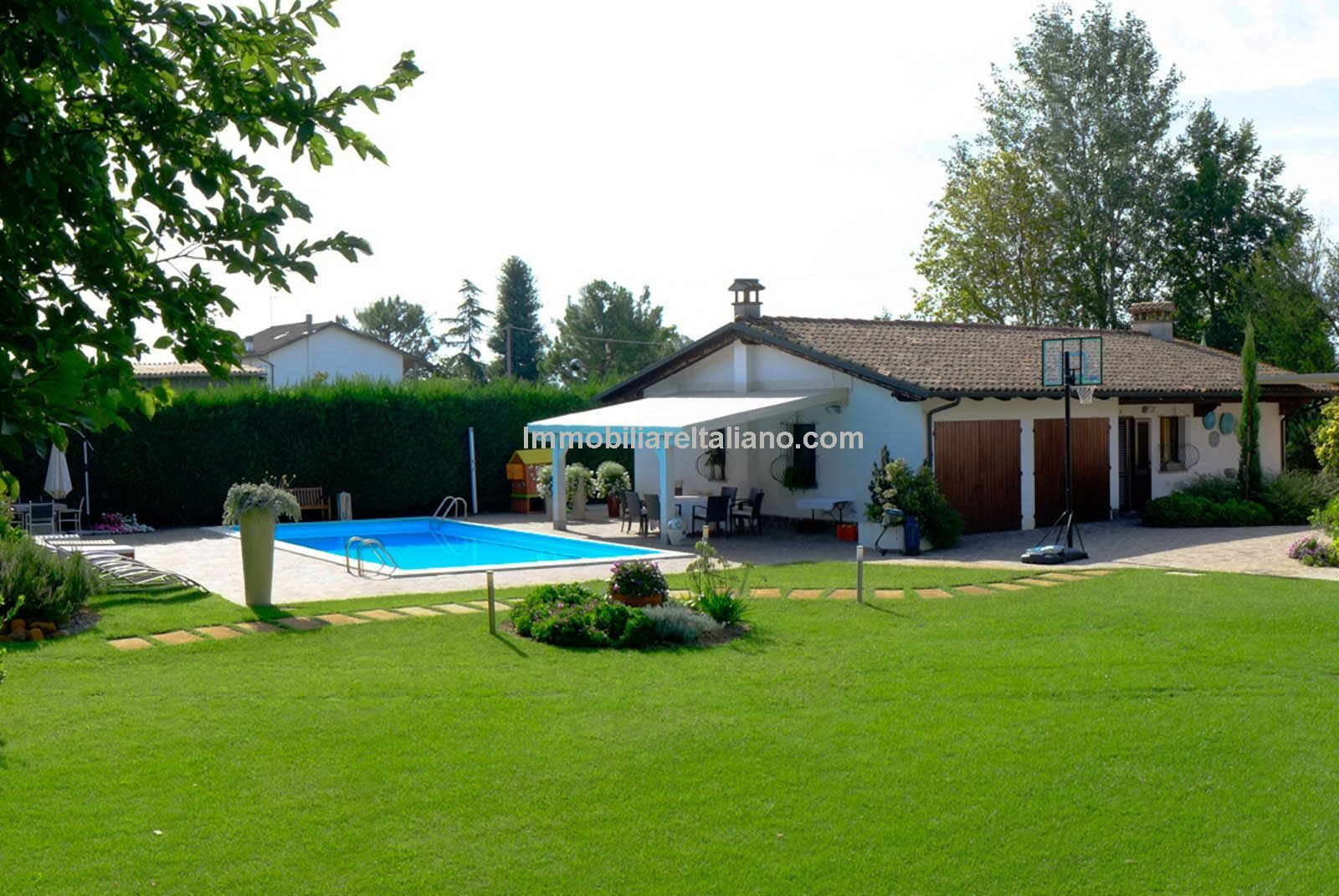 Ravenna Villa Property
