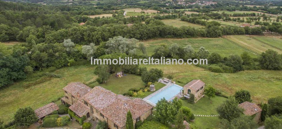 Bucine Tuscany luxury property for sale comprising a restored 16th century villa divided into 5 apartments with pool house, dependance, pool and land.