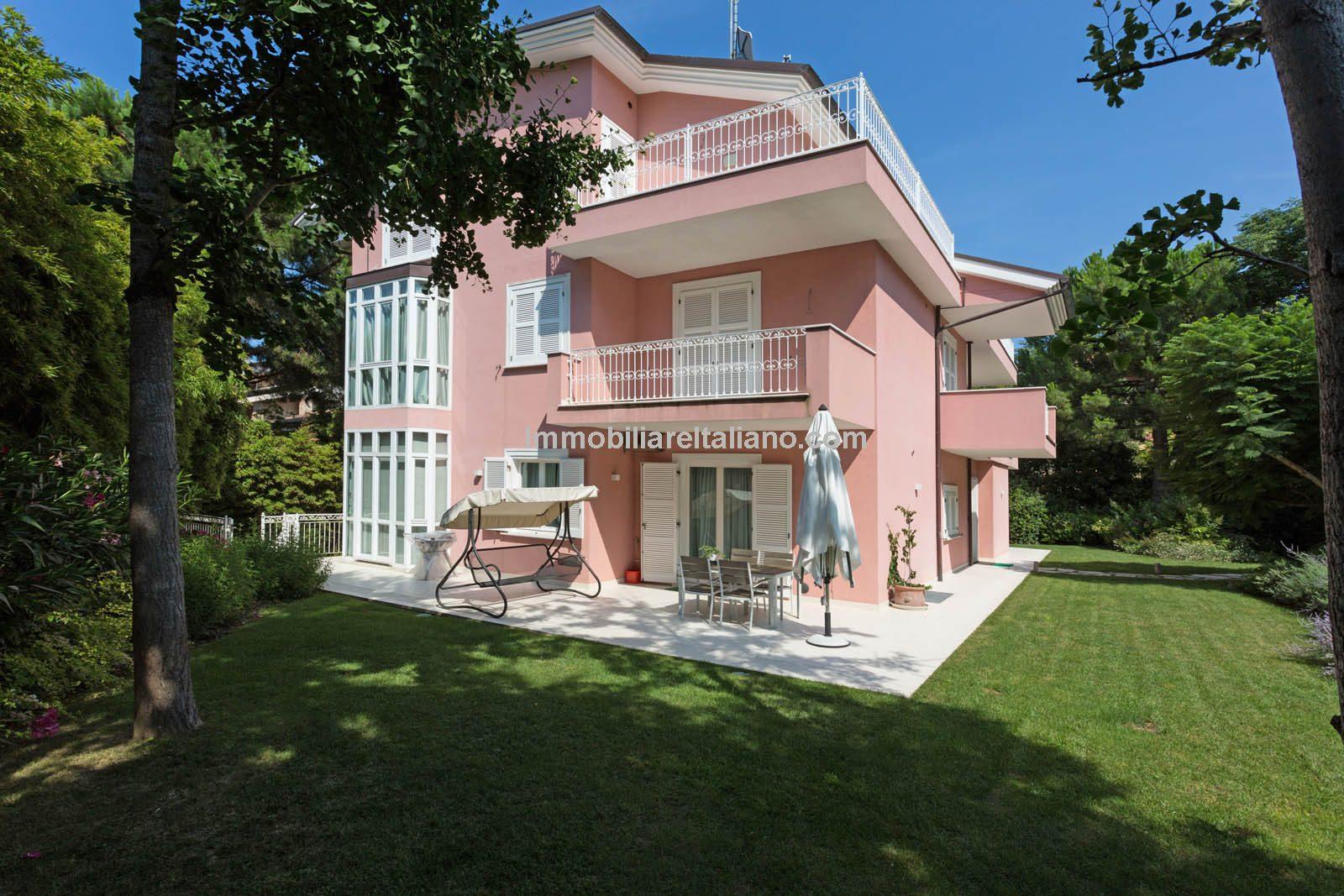 Porto Sant'Elpidio villa property