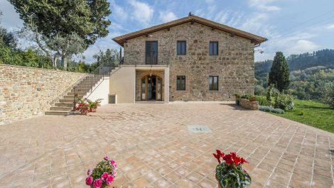 Certaldo Farmhouse Property