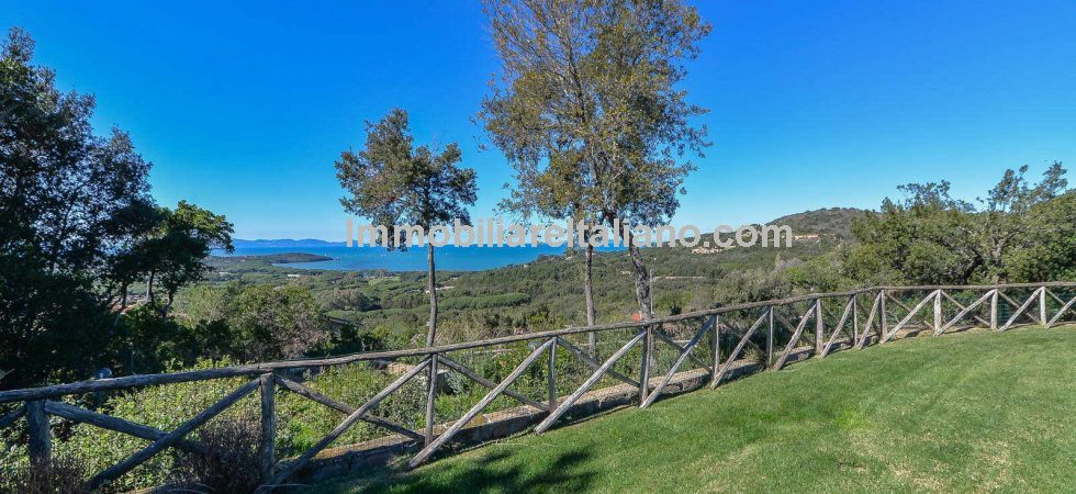 Tuscan sea views villa with pool. Recently built large prestige villa with 5 bedrooms and bathrooms. Super panoramic sea views taking in the isle of Elba and down to Follonica.