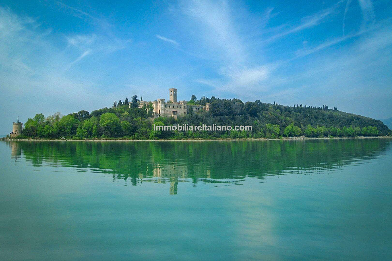 19th Century castle for sale – Isola Maggiore Lake Trasimeno