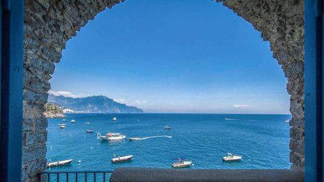 Luxury frontline villa for sale – Amalfi Coast