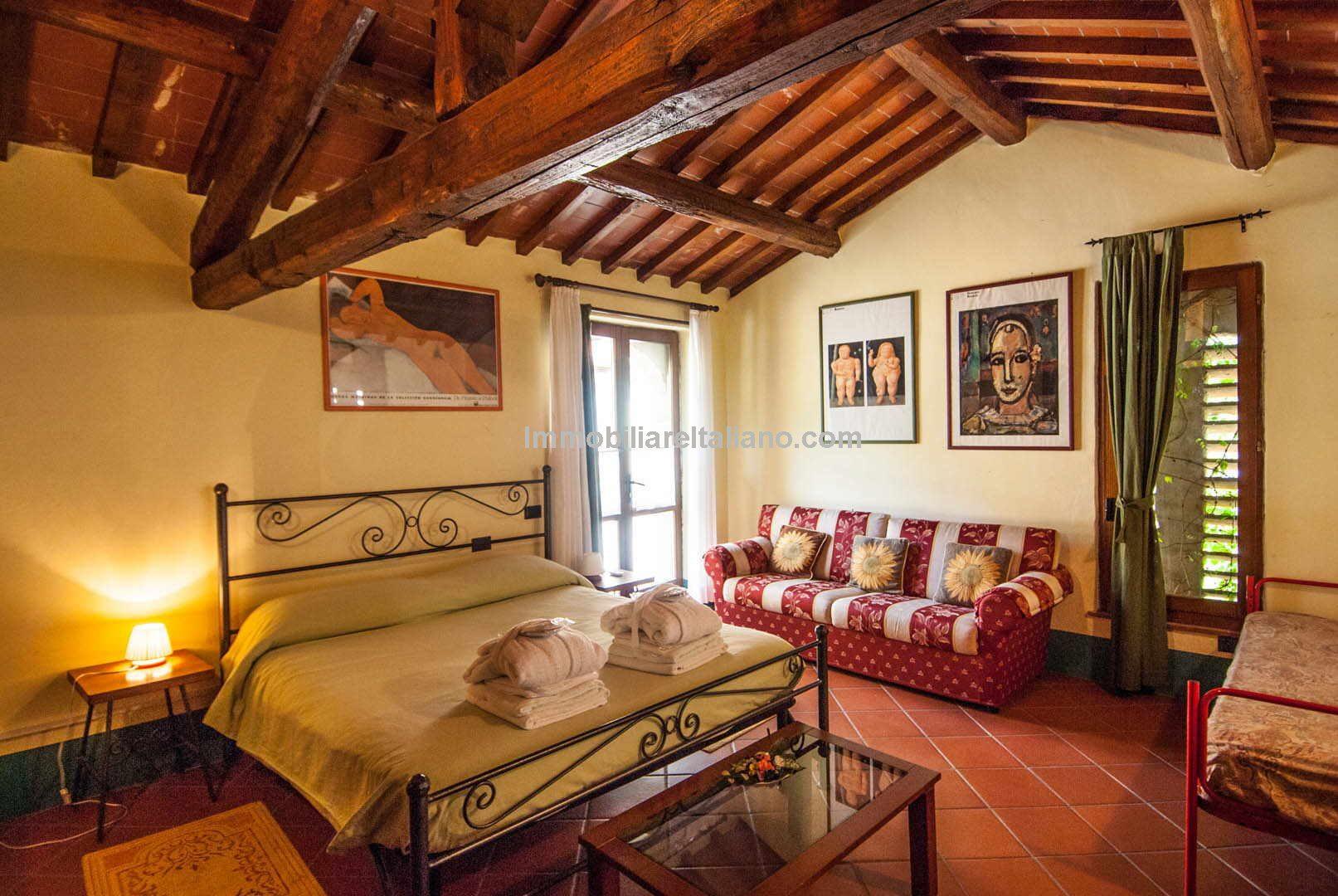 Tuscan Farmhouse Agriturismo For Sale Immobiliare Italiano