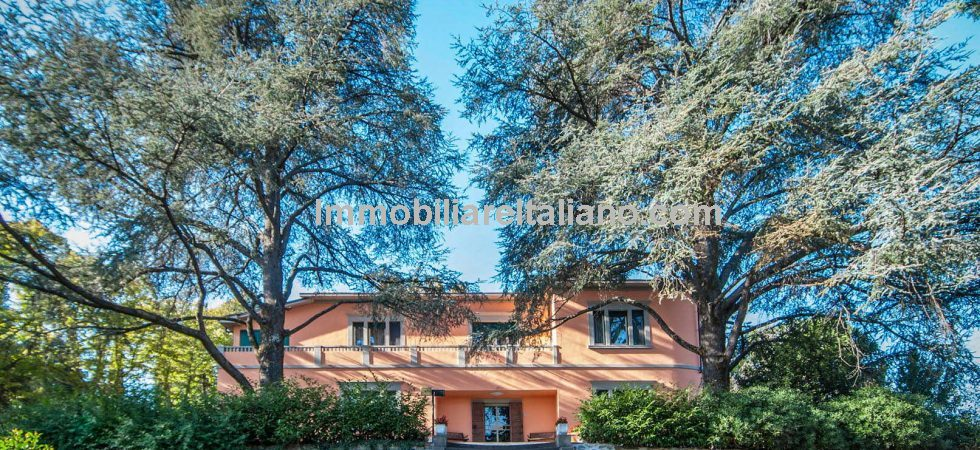 Lovely large (440 sqm - 4736.sq ft), spacious and stylish Liberty style Villa for sale Pergine Valdarno Arezzo Tuscany. Liberty style is the Italian version of Art Nouveau.