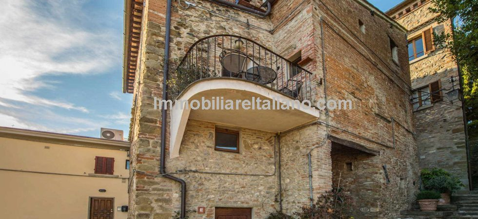Anghiari property for sale – Restored Townhouse
