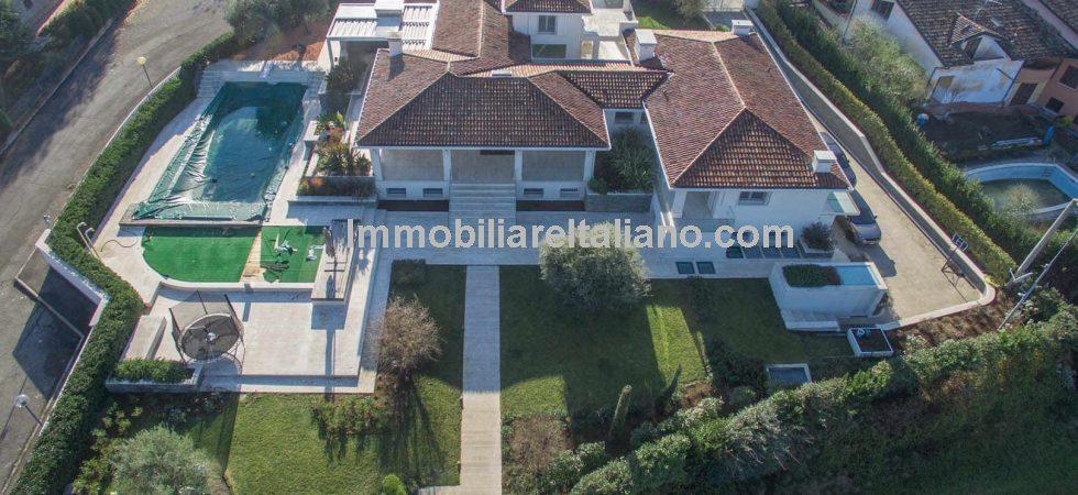 Large detached family villa home Reggio Emilia