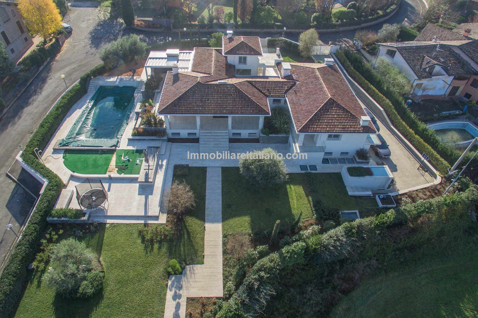 Contemporary designed ultra modern substantial 6 bedroom, seven bathroom detached family villa home, positioned within a highly desirable area near to Reggio Emilia. 900 sqm (9,684 sqft) furnished, two pools and cutting edge technology.