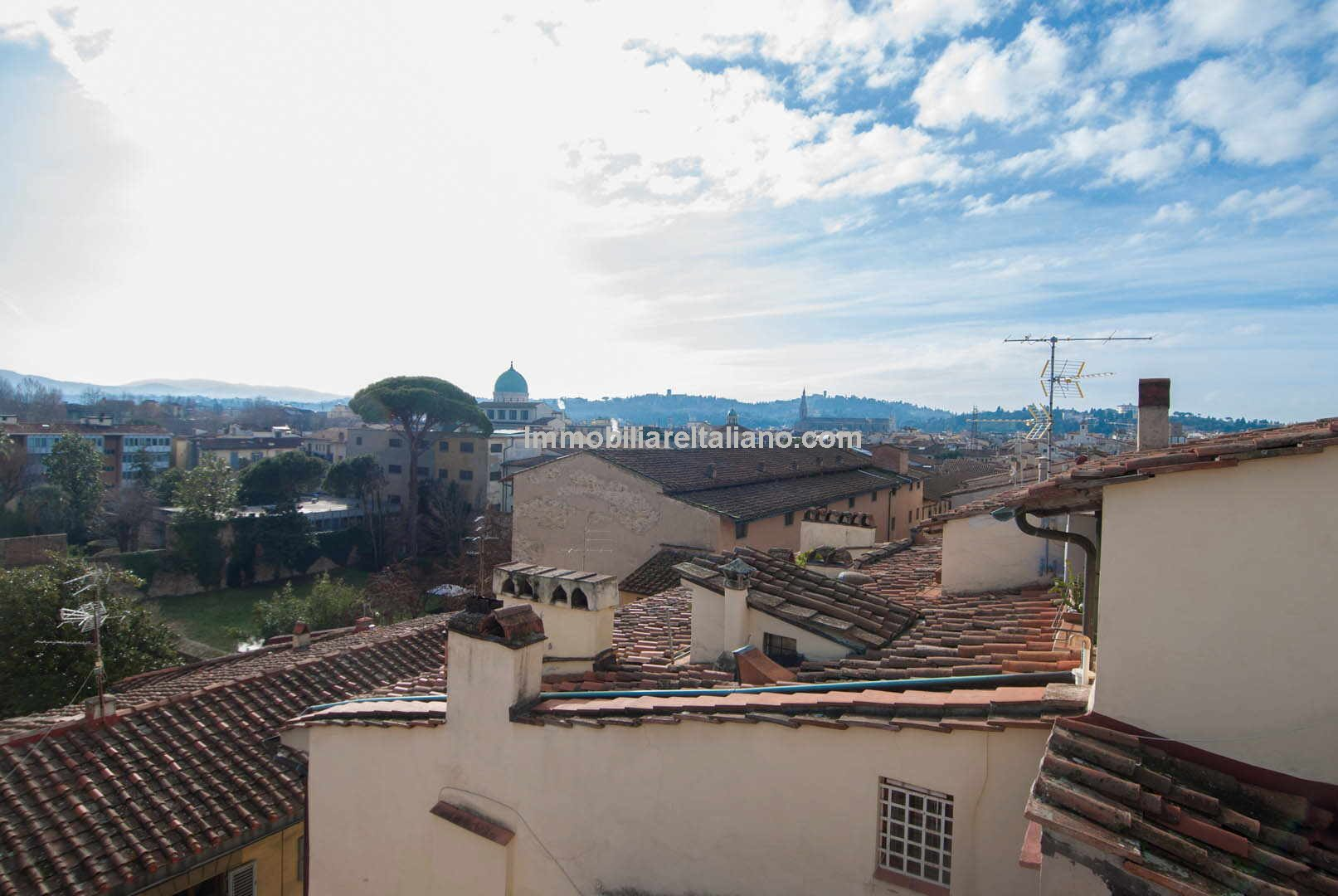 2 Bedroom apartment for sale in Florence Italy