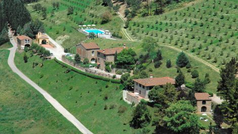 Superb Tuscan estate for sale