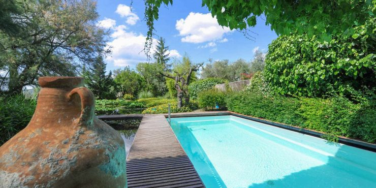 Luxury villa with renowned landscape architect Pietro Porcinai designed gardens